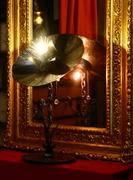 Fleur d'Enfer d'Arzée création luminaire, sculpture objet d'art métallique Tarek Jaffar, givraines loiret