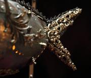 poisson lampe d'Arzée, dragon des abysses, sculpture metal, Tarek Jaffar, lanterne fish, objet d'art, France, givraines, création luminaire